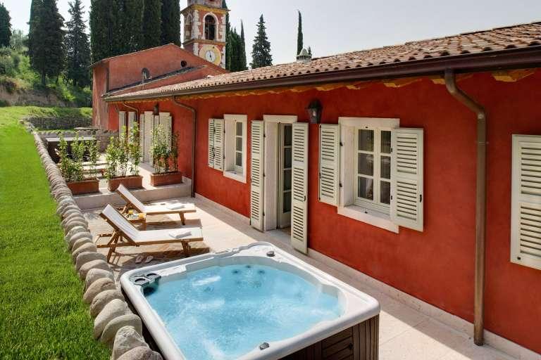 Suite avec terrasse et jacuzzi
