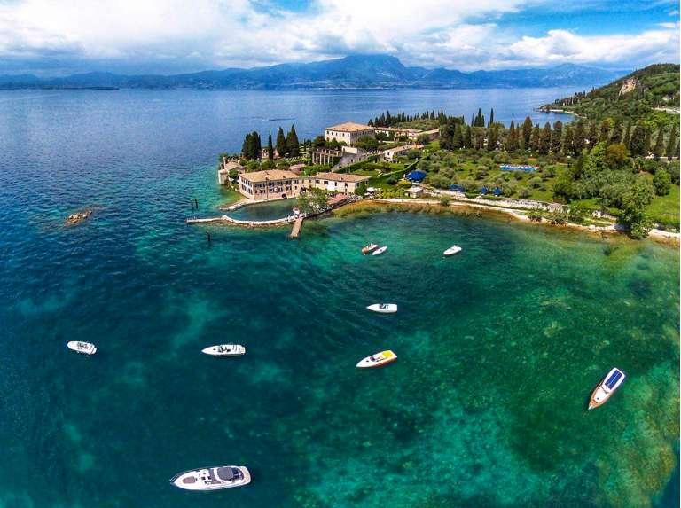 Une promenade en bateau sur le Lac de Garde : le comble du romantisme